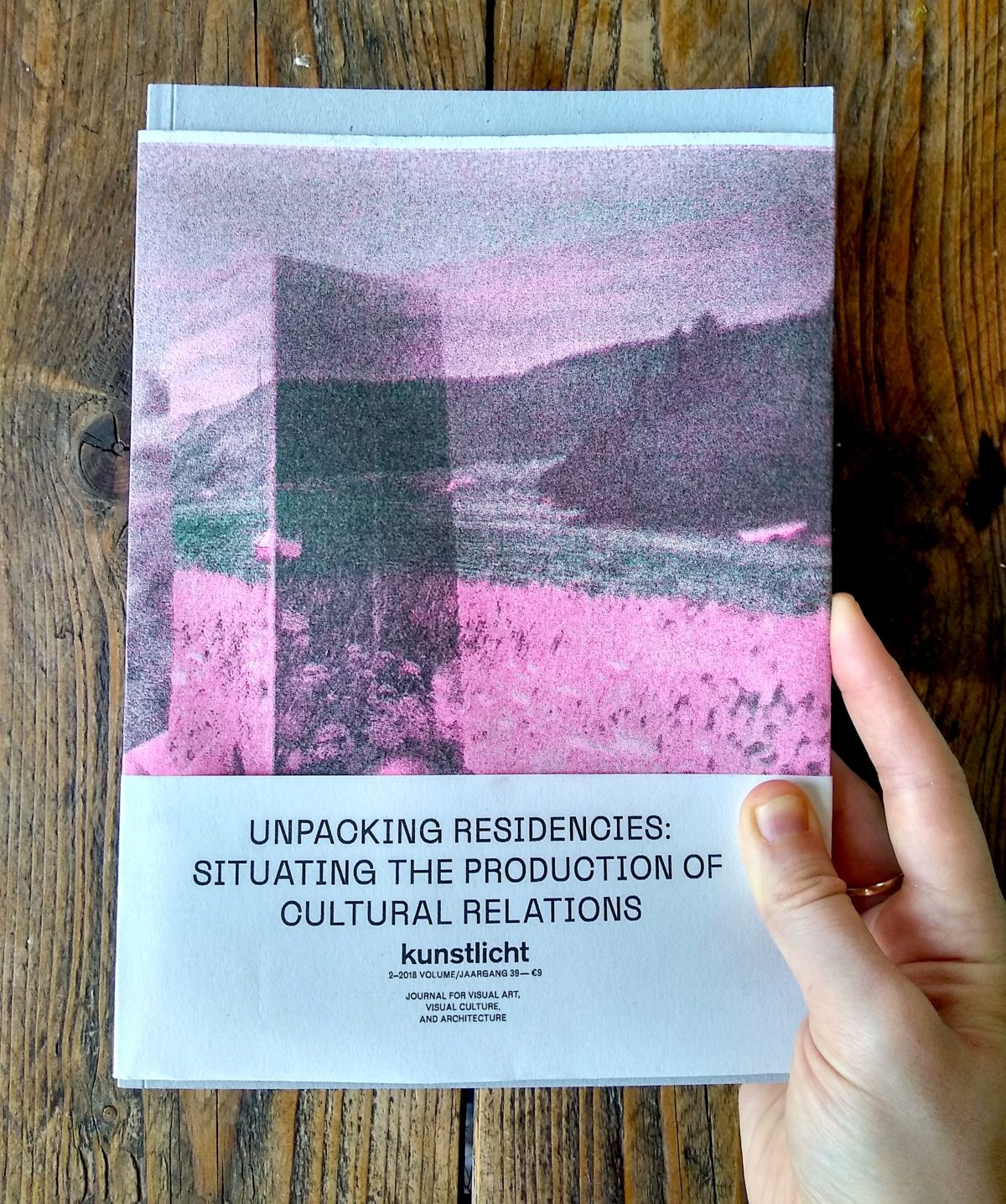 VOL. 39, NO 2, 2018, UNPACKING RESIDENCIES: SITUATING THE PRODUCTION OF CULTURAL RELATIONS